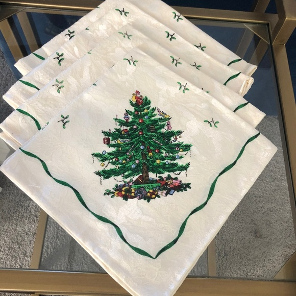 Set FOUR Spode Christmas Tree Cloth Napkins NEW in Package